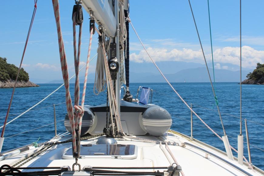 Идем между островами Kara Br. и Domuz Adasi