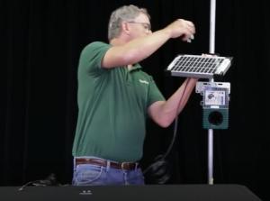 Установка солнечной панели на специальную стойку
